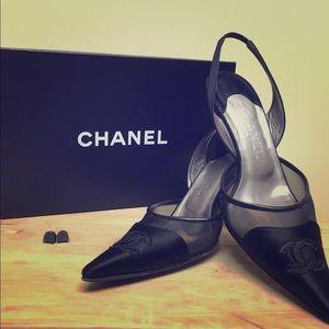 Women's black Channel high heel shoes 10.5